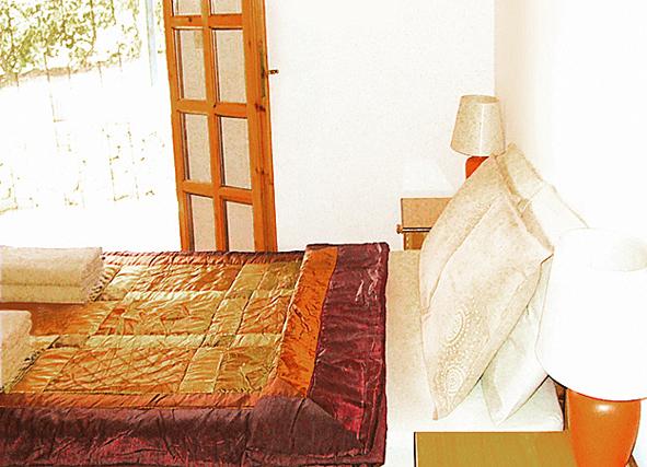 06.bedroom.JPG