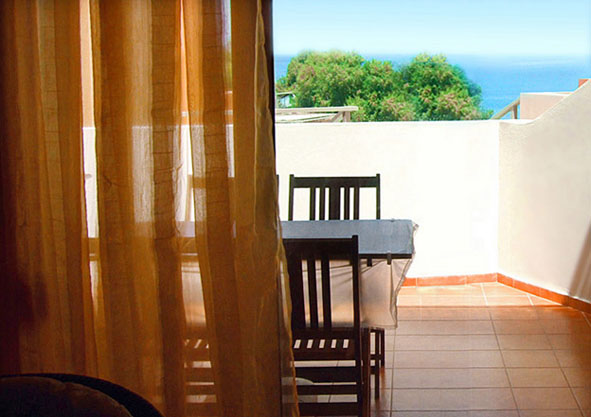 01.balcony.jpg