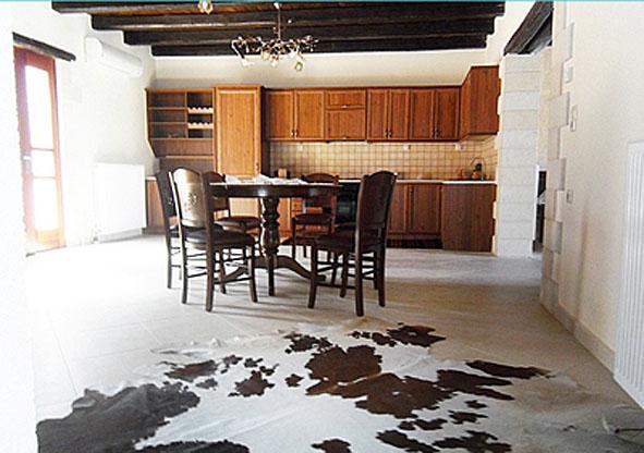 07.kitchen.jpg