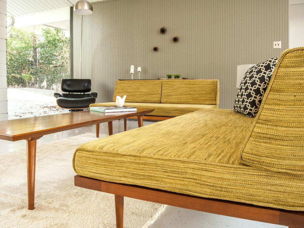 Classic Daybed Sofa — Casara Modern