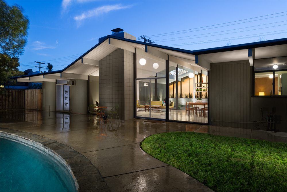 This home truly embodies all the trademark tenets of Eichler living and we are so proud to have been a part of showcasing it's standout, timeless, and fantastic design.