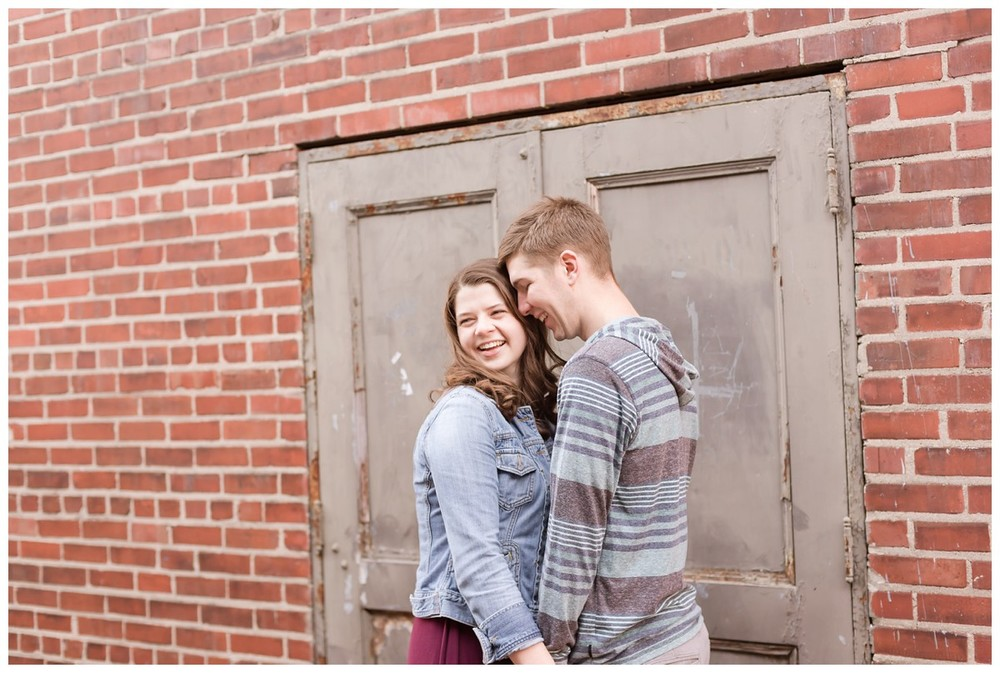 Brandon & Michaela Downtown Columbus Engagement Session10.jpg