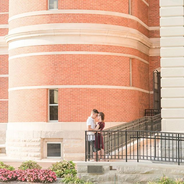 I'm so thankful for the most amazing couples!!! Kyle and I loved our time with Laura and Matthew and I'm so excited for their wedding soon!!! Their engagement session was in downtown Columbus and even though I've done several sessions here, I always love the challenge of finding new perspectives and compositions. More sneak peeks in my Instastory!