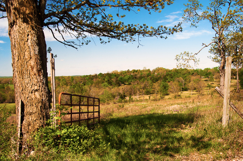 COUNTRY ACREAGES