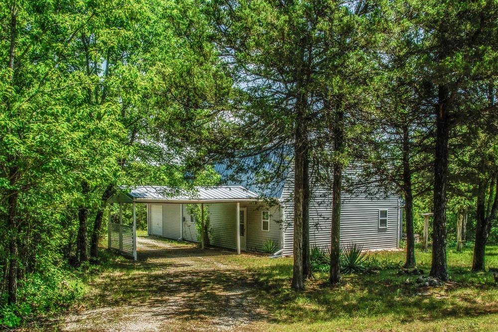 Theodosia, Missouri home on 5 acres