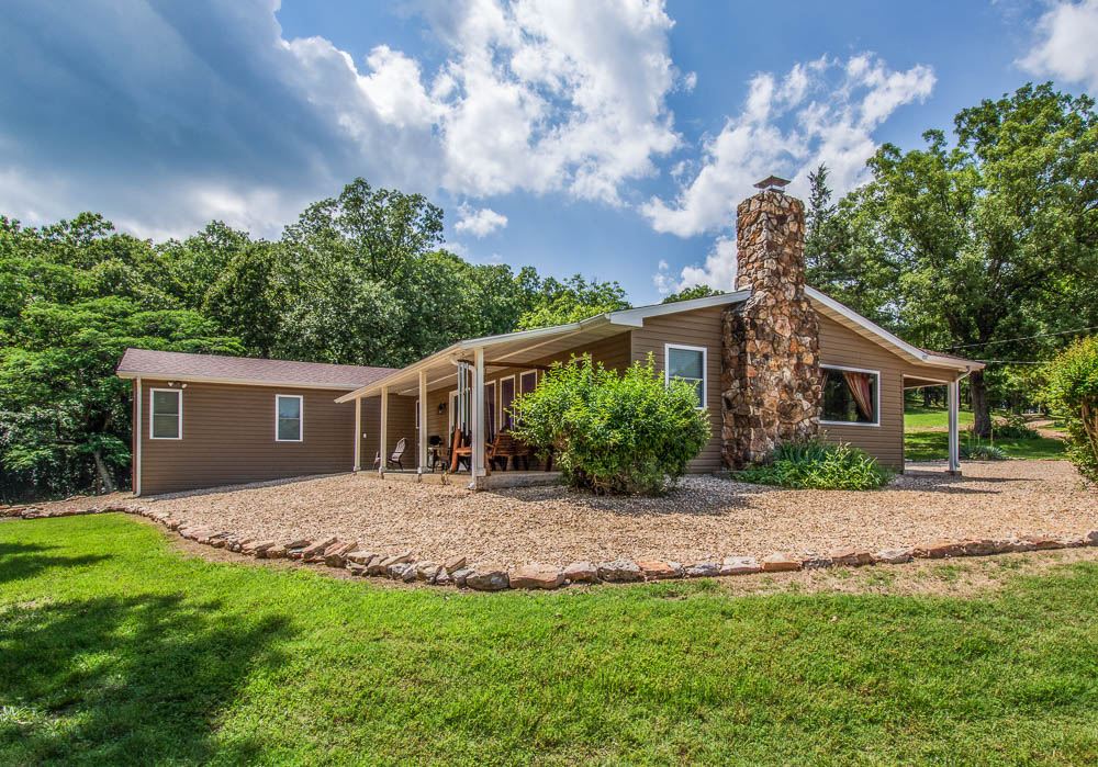 Bull Shoals Lake view home in Isabella, Missouri