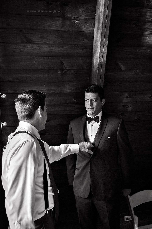 cedar-bend-wedding-140906-1630-00.jpg