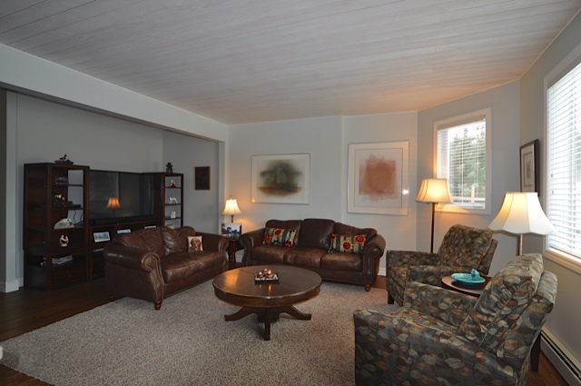 Main floor lounging and TV area
