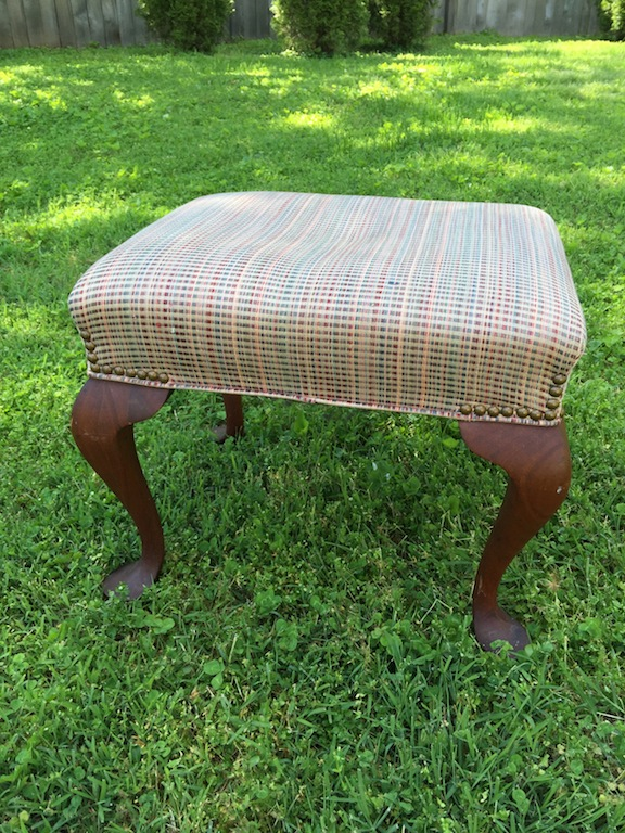 I don't know where we got this ottoman. But it's been in the last 3 places we lived. It's brown and old and I'm tired of it looking so sad! So, I took inventory on what I had -