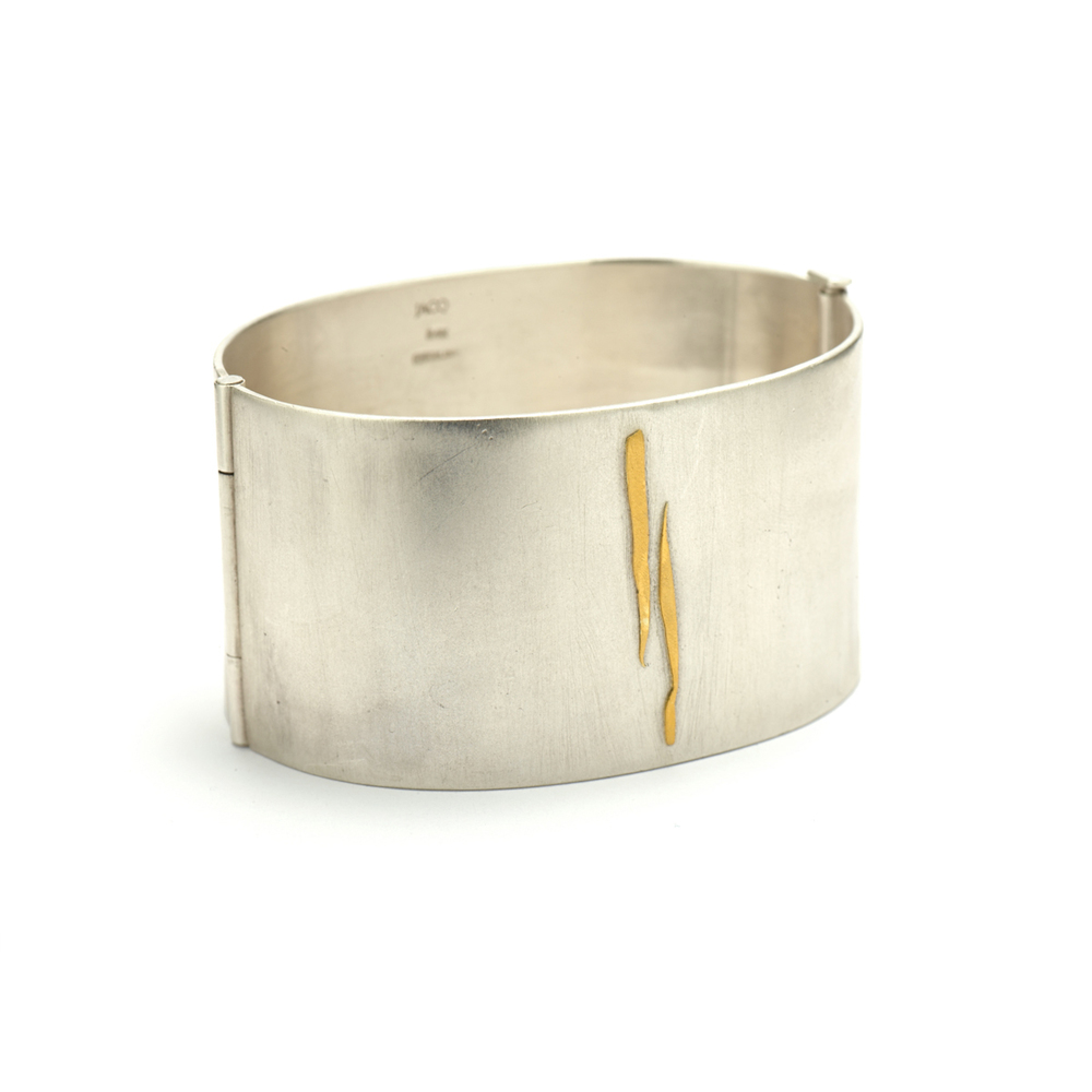 24k Gold Detailed Hinge Bracelet