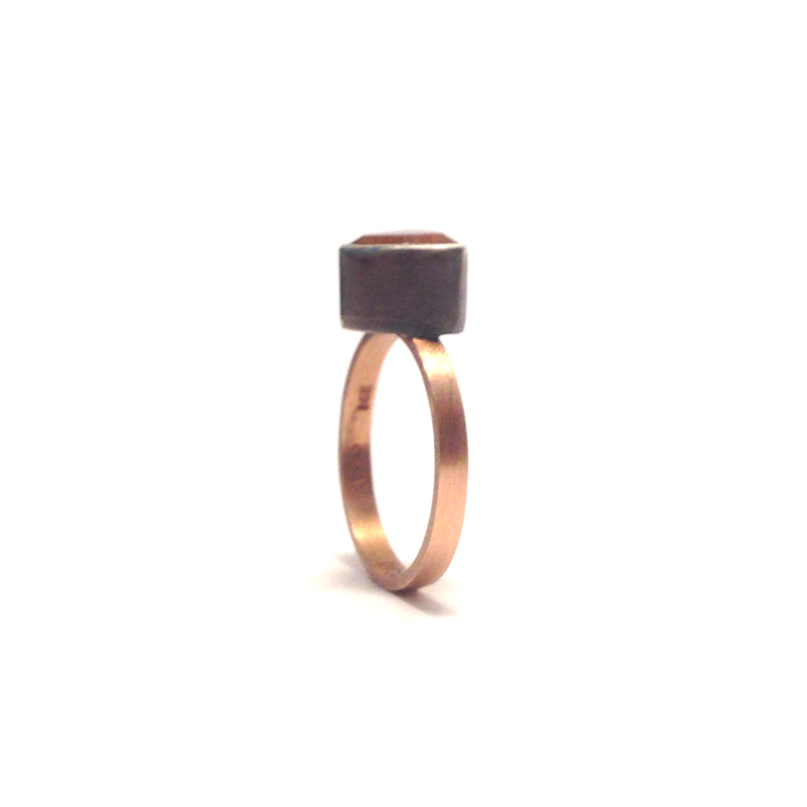 Sunstone-rose-gold-band-3-profile.png
