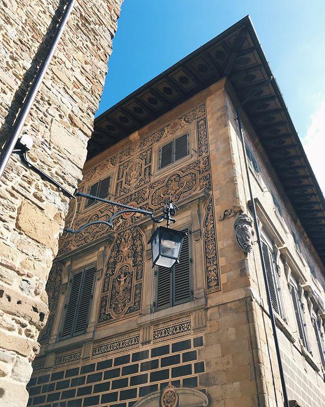 Arezzo details ⚜️