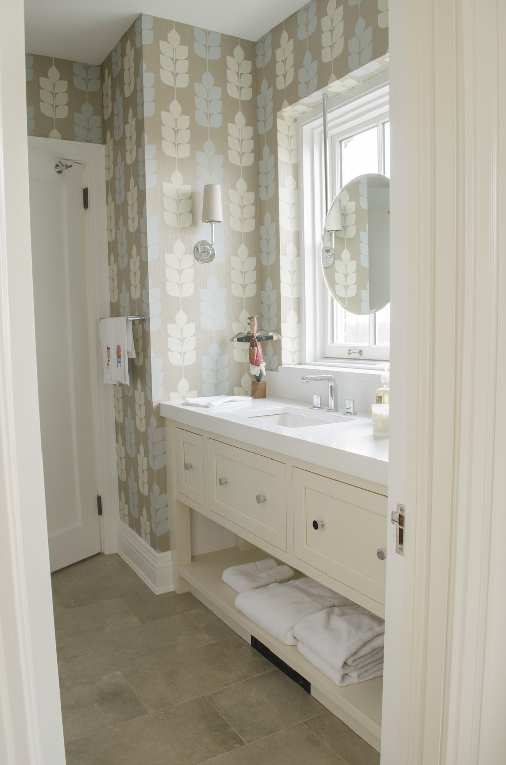 Stenson_Guest Bath_01.jpg