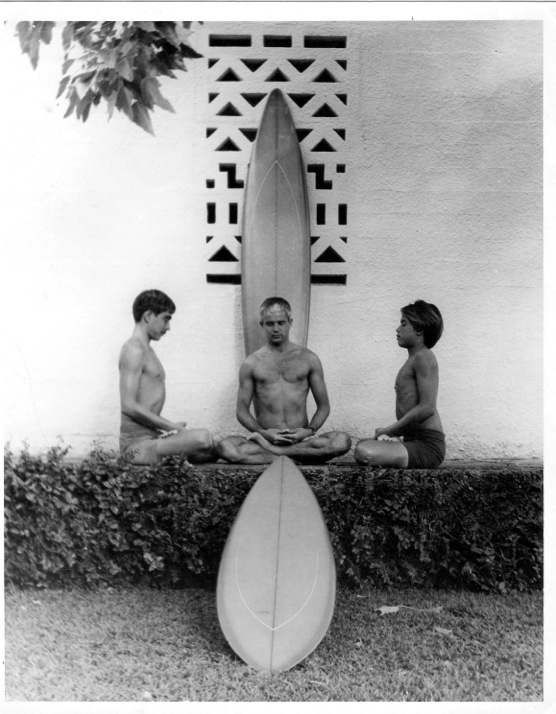 Gerry (left) with master shaper Dick Brewer and pro surfer Reno Abelirra                                                                                   1969 photo by David Darling