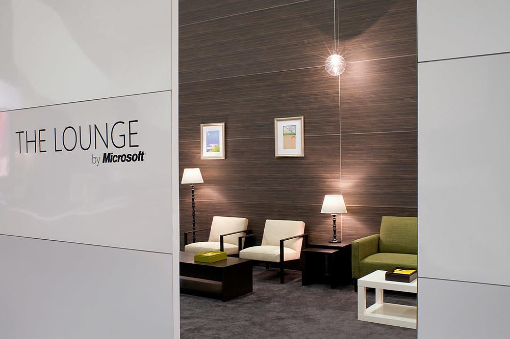 lounge5_0271_med.jpg