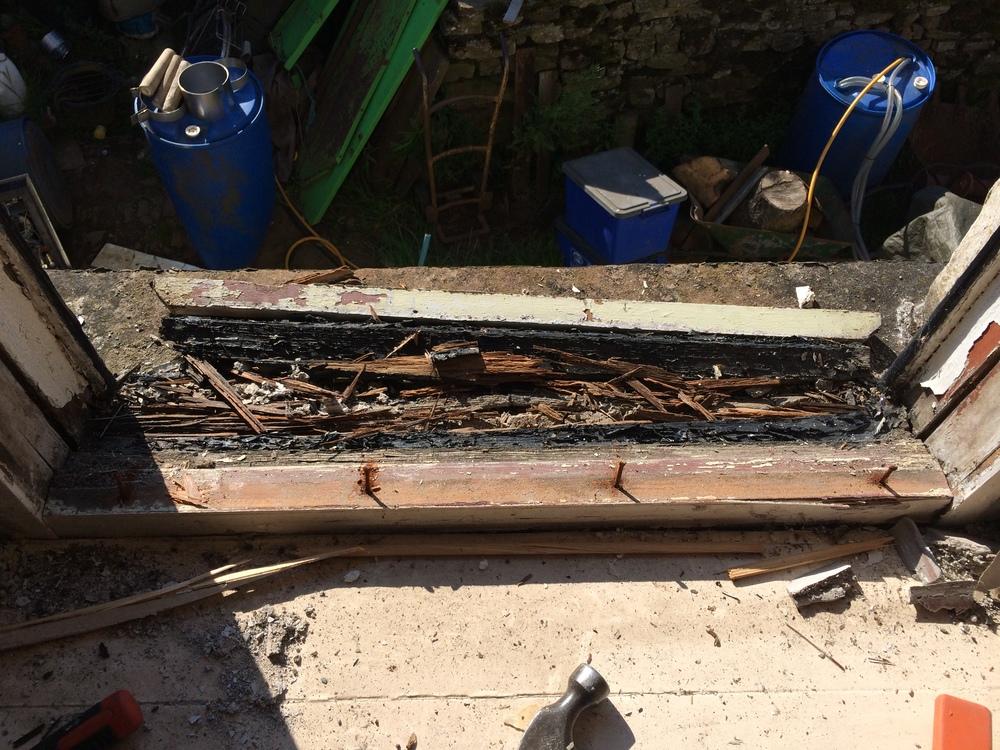 sash window repairs Southport