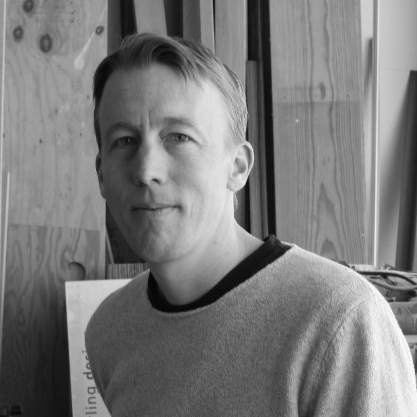 Peter-Larsen-394921-220.jpg