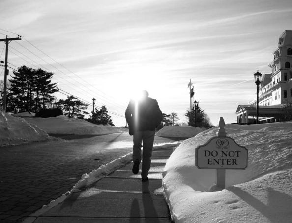 Fred Karger heads toward the Wentworth by the Sea hotel in New Castle, N.H. Photo by Dan Zak (The Washington Post)