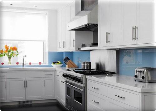 Glass-Kitchen-Backsplash-Ideas
