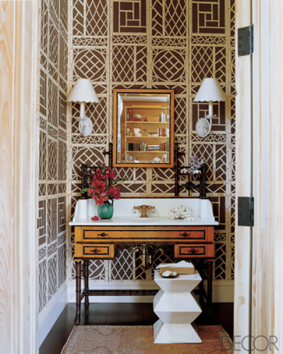edc-lyford-trellis-wallpaper-bath-tom-scheerer-0107-lgn.jpg