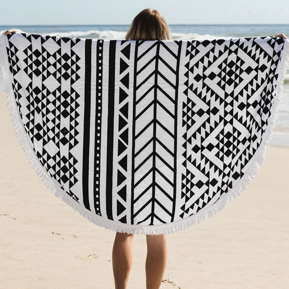 THE AZTEC ROUND TOWEL - the beach people