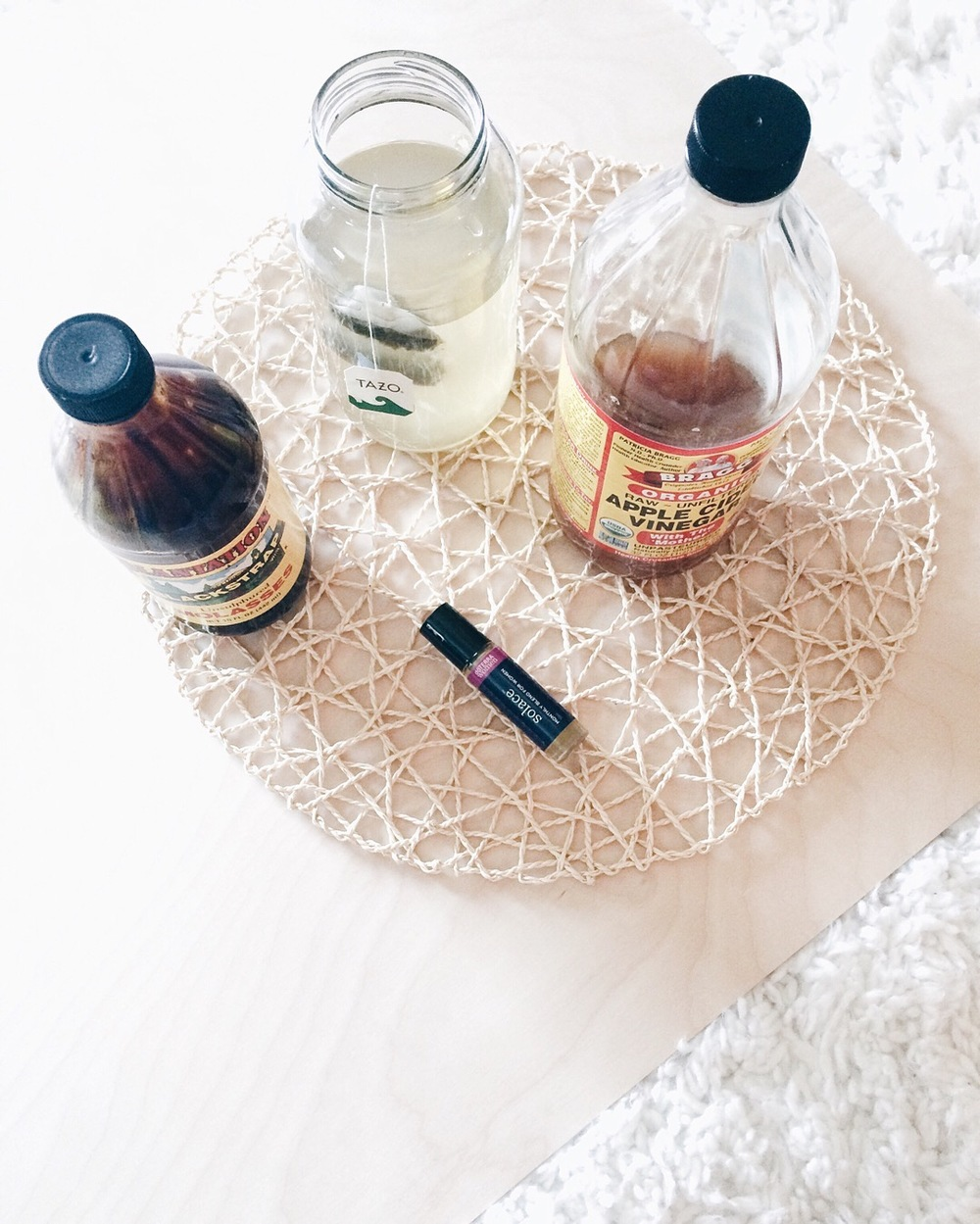 Hello Lovely Living | Raw Apple Cider Vinegar, ACV Detox Drink, Blackstrap Molasses, Doterra Solace
