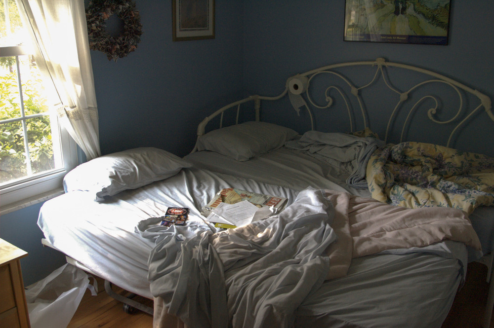 the_unmade_bed_-_028-2.jpg