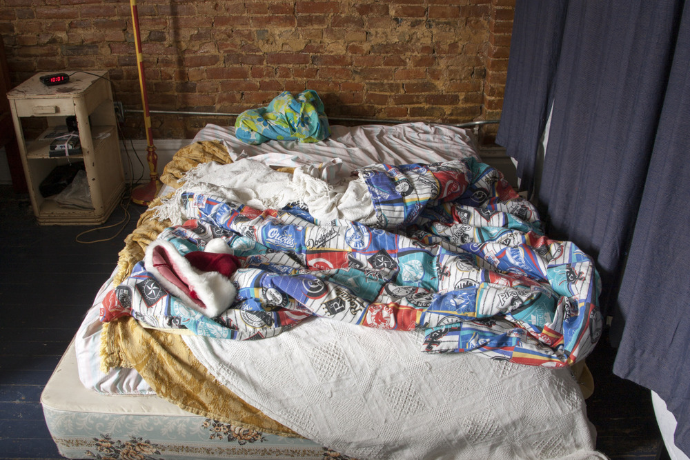 the_unmade_bed_-_066.jpg