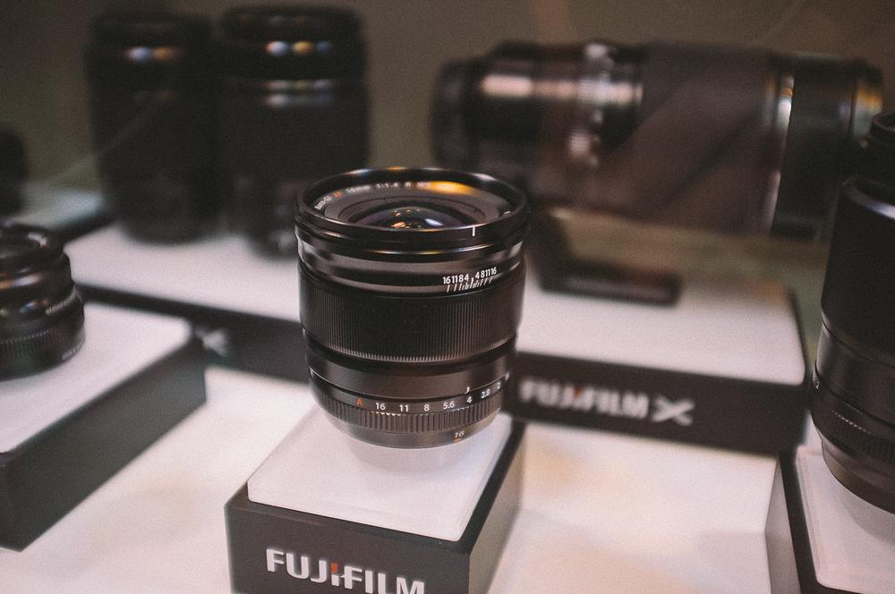 16mm F1.4