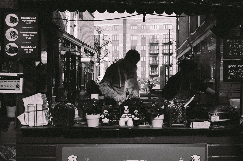 London Street Photography with the Fuji X100