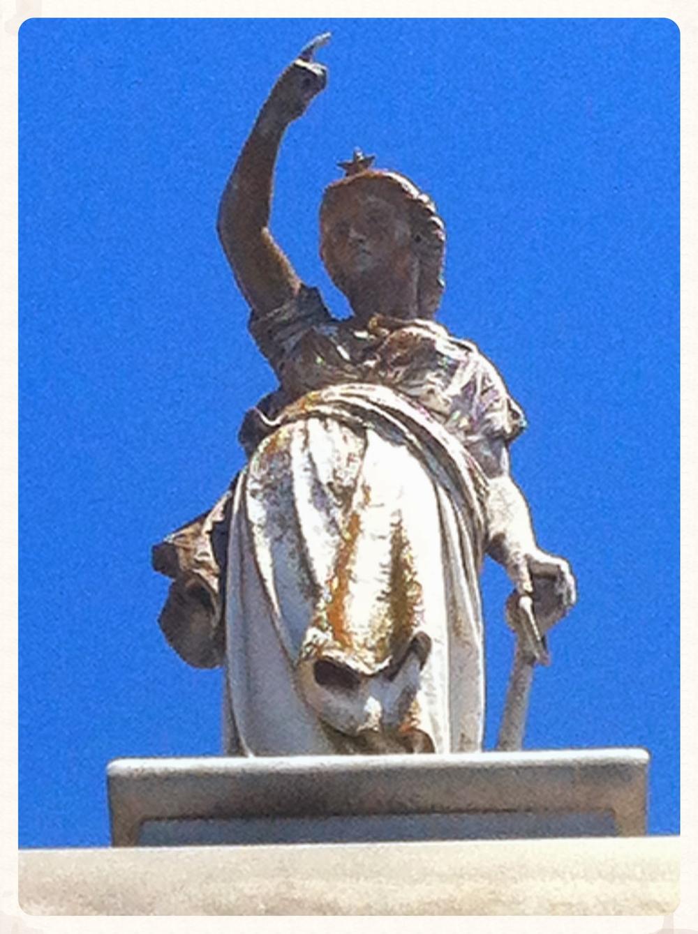 Venus Navigatrix,Oakland