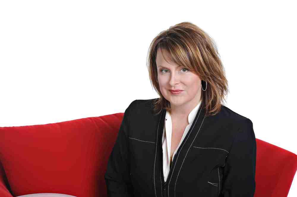 Lisa Arledge Powell Photo (1).jpg
