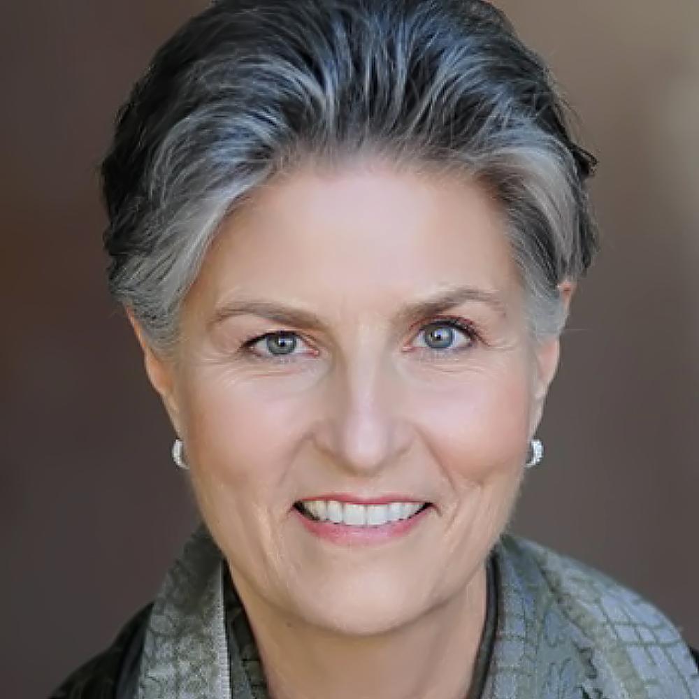 Betty Till, Senior Consultant
