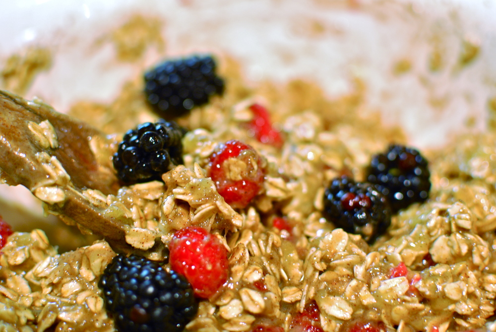 Gluten free banana berry oatmeal muffins, the love of food blog and recipes