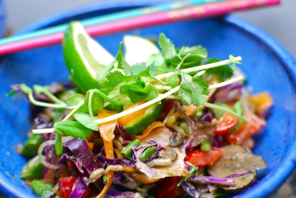 Rawww Pad Thai yummm.jpg