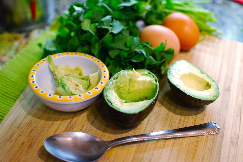 Baked Eggs in Avocado .jpg