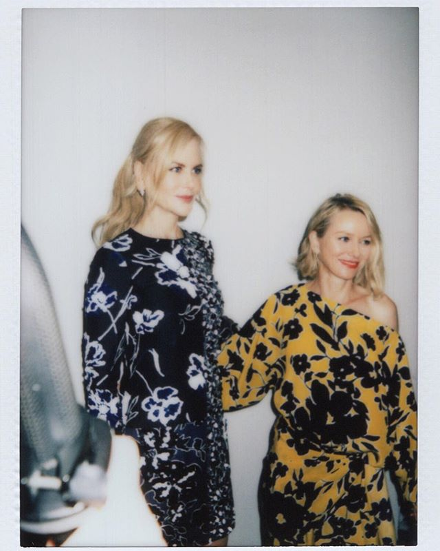 Reflecting on @fashioninstant's 2nd year. Flipping through and found this photo I haven't shared before of #NicoleKidman & #NaomiWatts backstage 🖤