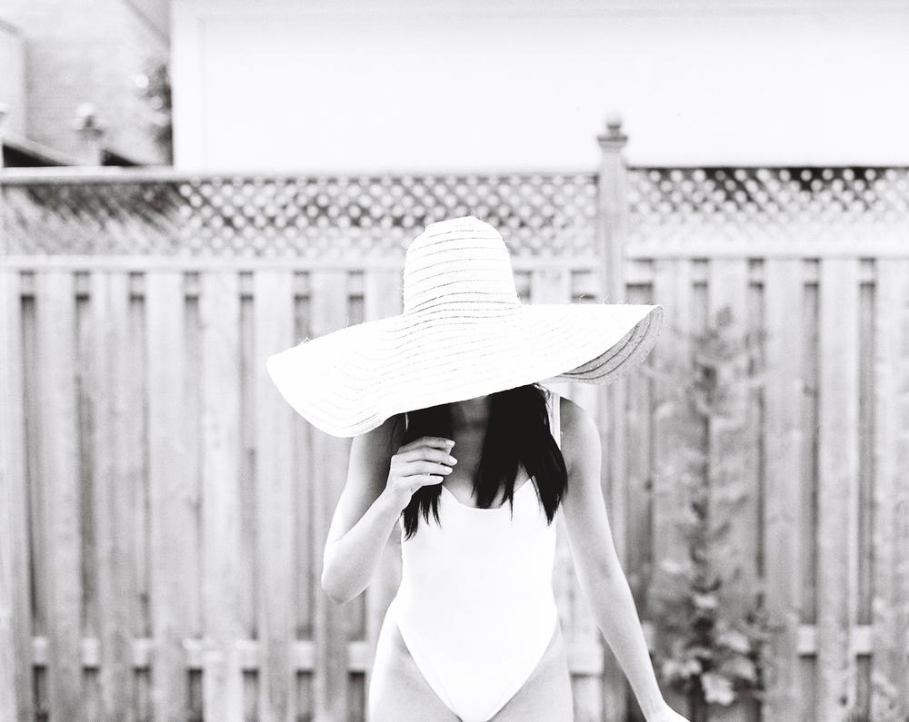 Ashley-Socks-and-a-Smile-Boudoir-Photography-Toronto-Michael-Rousseau019.jpg