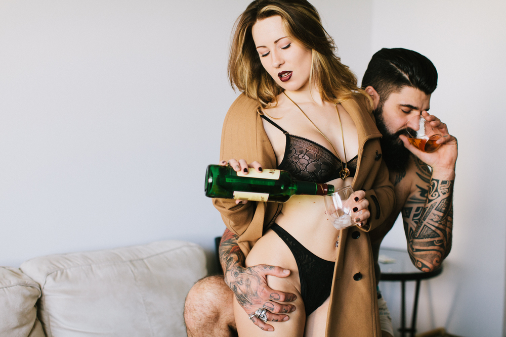 Socksandasmile-couples-boudoir-toronto-michael-rousseau-kristin-dalziel-jerry-melo-apt808014.jpg