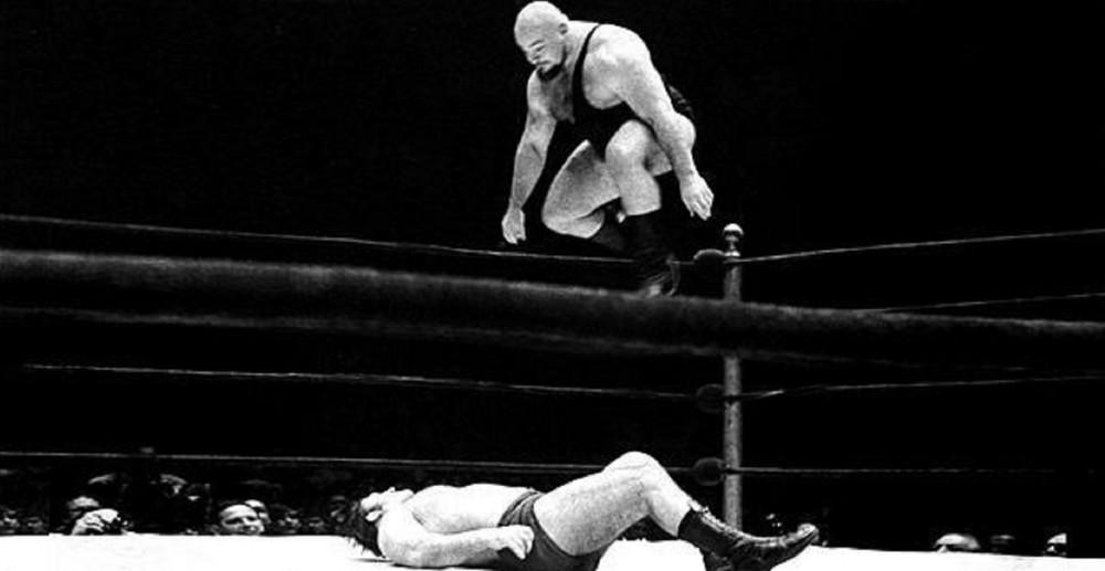 Ivan-Koloff-vs-Bruno-Sammartino-wwe-PWI.jpg