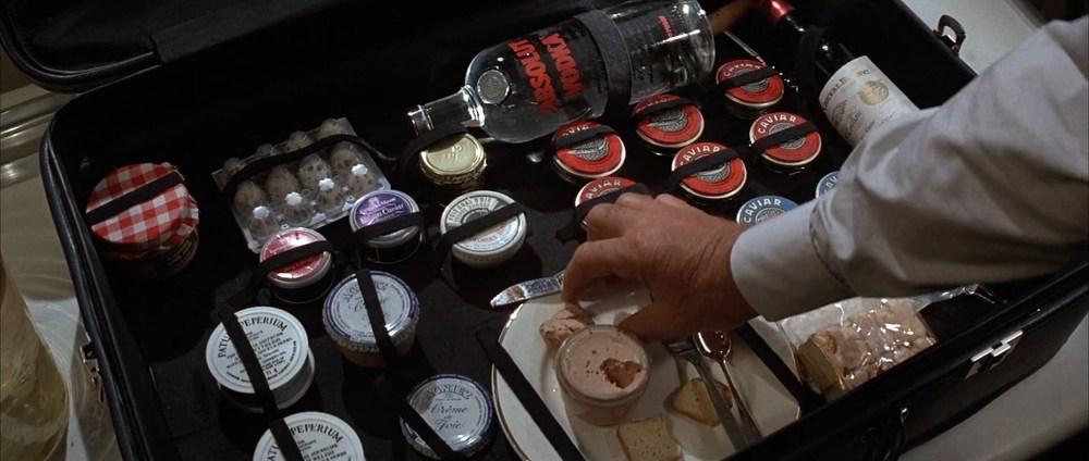 James.Bond.Never.Say.Never.Again.1983.1080p.BRrip.x264.YIFY.mp4_snapshot_00.12.43_[2016.03.15_01.05.29].jpg
