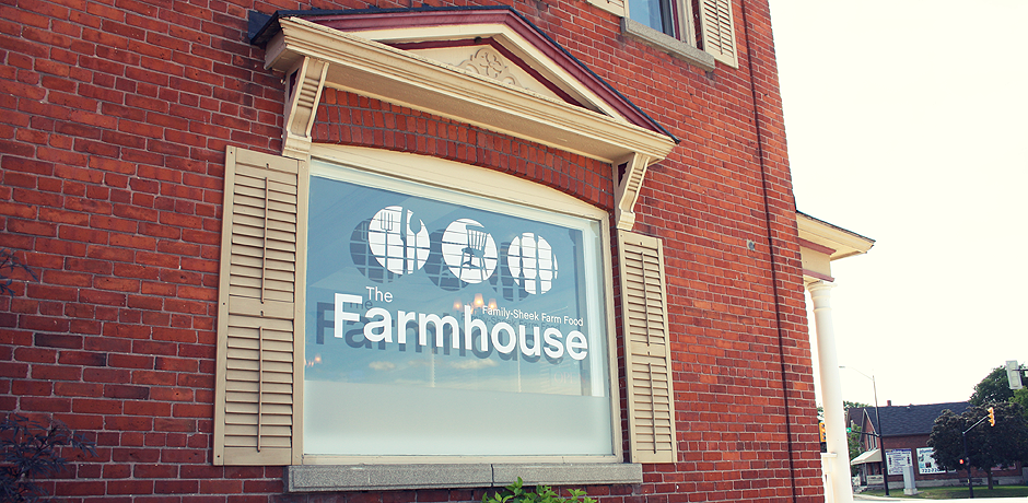 The_Farmhouse_Slider_007.png