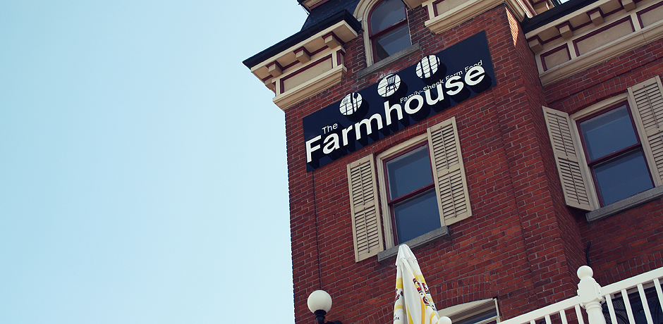 The_Farmhouse_Slider_008.png
