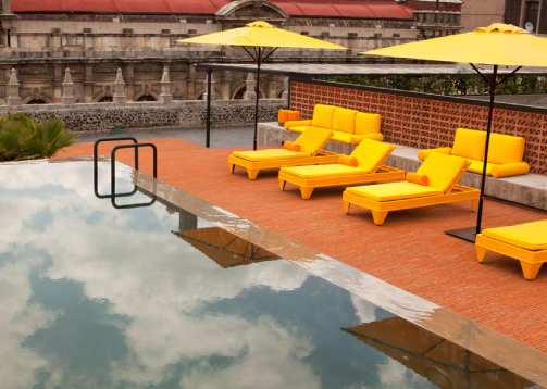 Perfect place to relax in the city! Downtown Beds pool.  Photo:  Downtown Beds