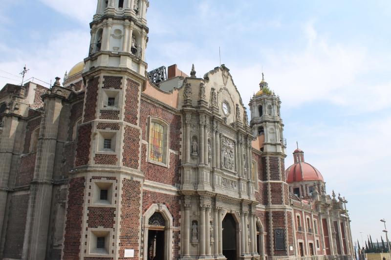 antigua_basilica_guadalupe
