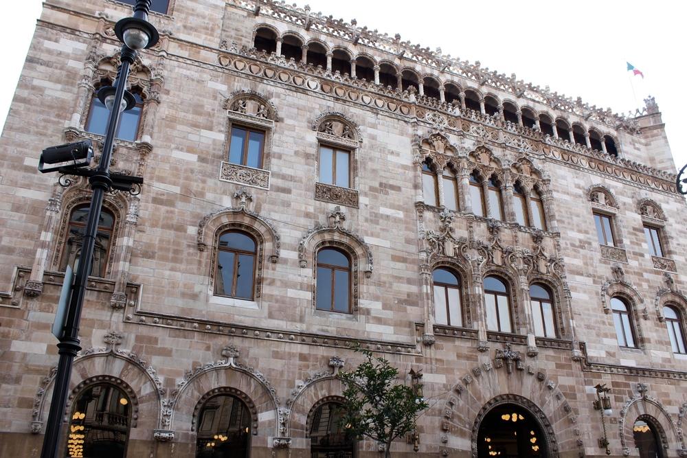 exterior_palacio_correos_mexico_1