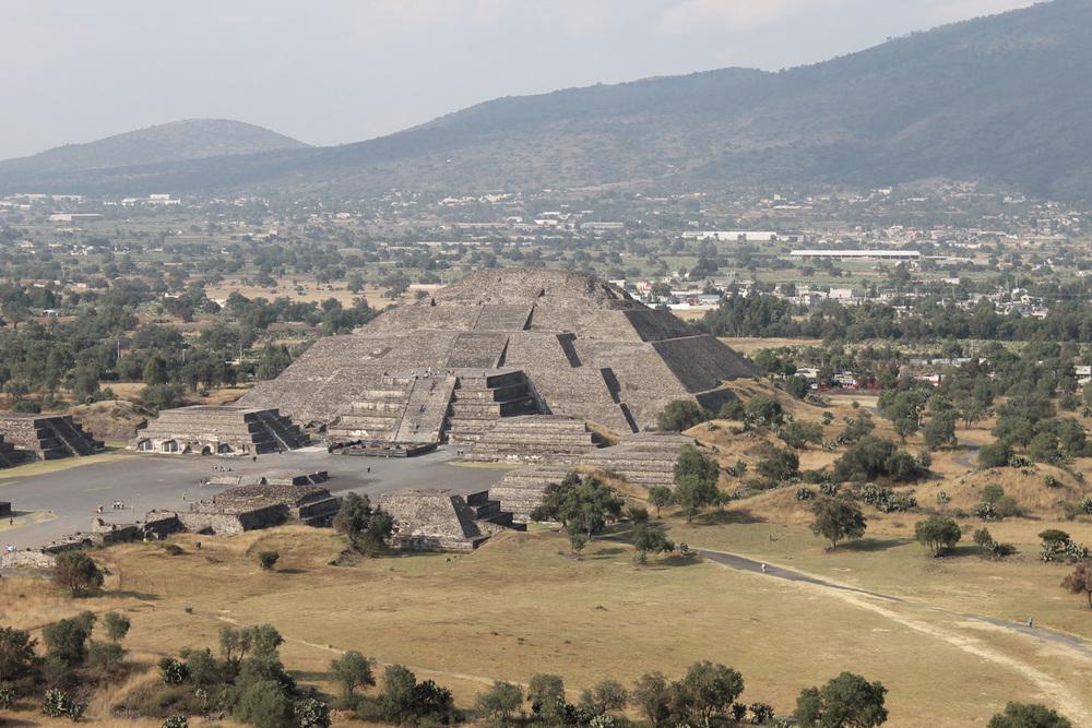 Teotihuacan_Piramide_de_la_Luna
