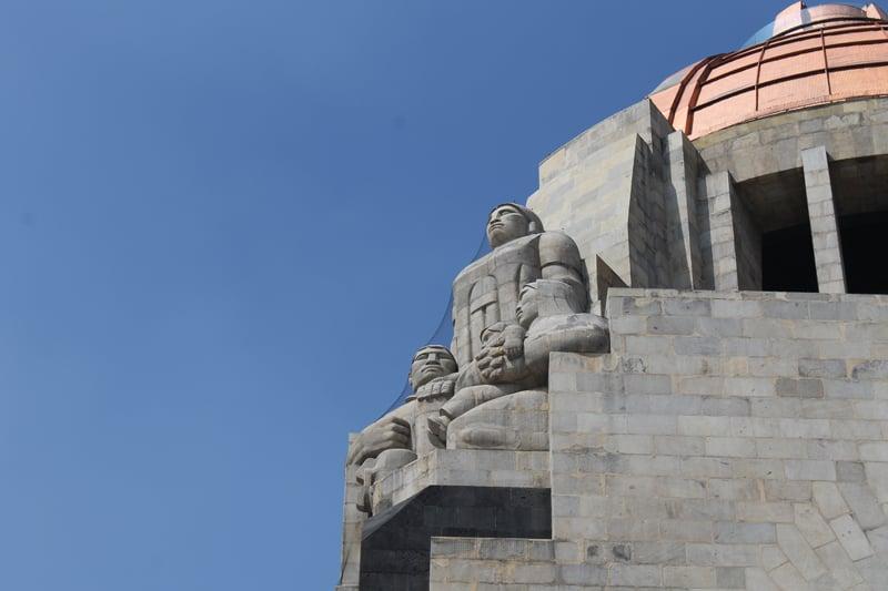 Monumento a la Revolucion Esculturas