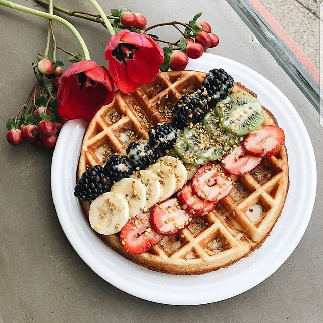 brunch at @supremoboston is live #flordenaranja #belgianwaffle #almondbuttermaple #beepollen #brunch #supremolife #supremo #visitsupremo #visitjugos