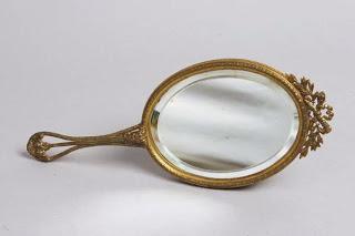 http://hecwaltwhitman.blogspot.com/2012/02/hand-mirror.html